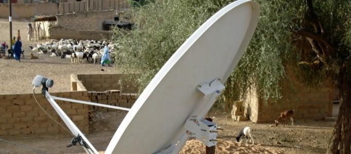 Afrique centrale et de l'Ouest: huit millions de téléspectateurs ont choisi la TV par satellite