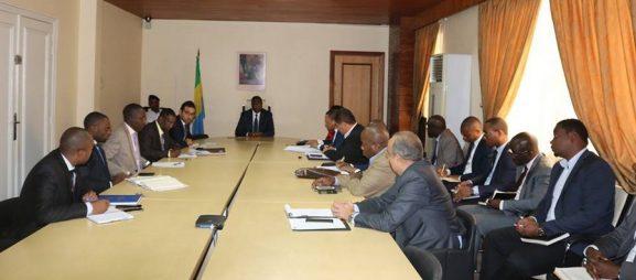 Le Gabon veut accélérer la suppression des frais de roaming