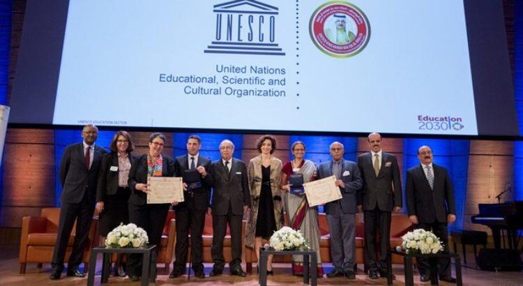 L'Unesco lance le Prix UNESCO-Roi Hamad Bin Isa Al-Khalifa pour l'utilisation des TIC dans l'éducation