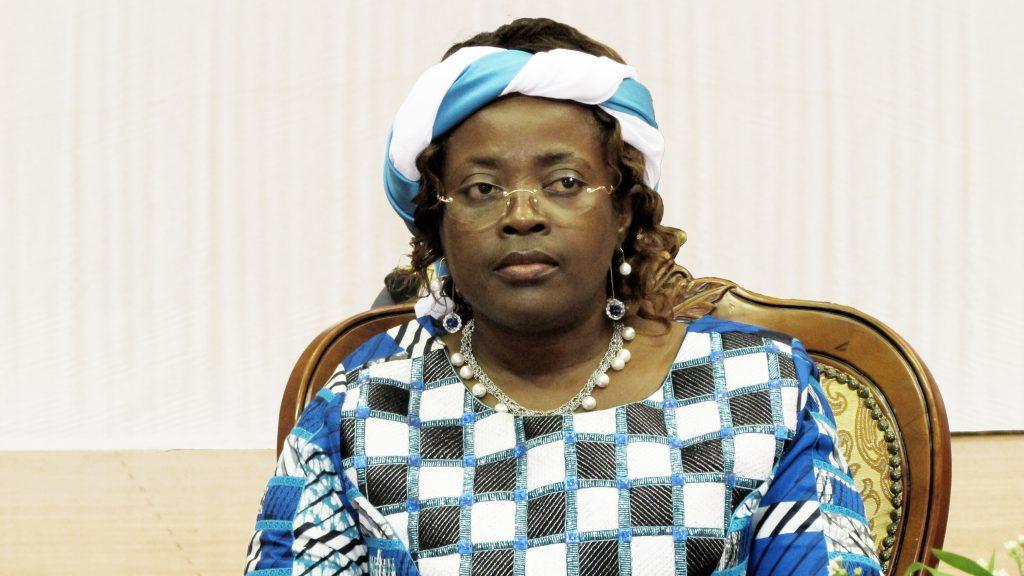Cameroun : Minette Libom Li Likeng relève des retards dans l'exécution du projet Backbone