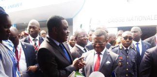 Cameroun : Le Premier ministre Joseph Dion Ngute au Stand de l'ART à Promote 2019